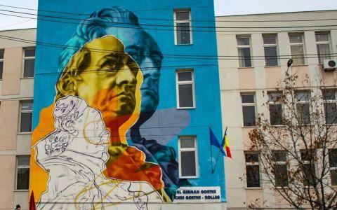 Cinci școli și licee din București au ajuns pe mâna grafferilor. Cum arată acum instituțiile de învățământ