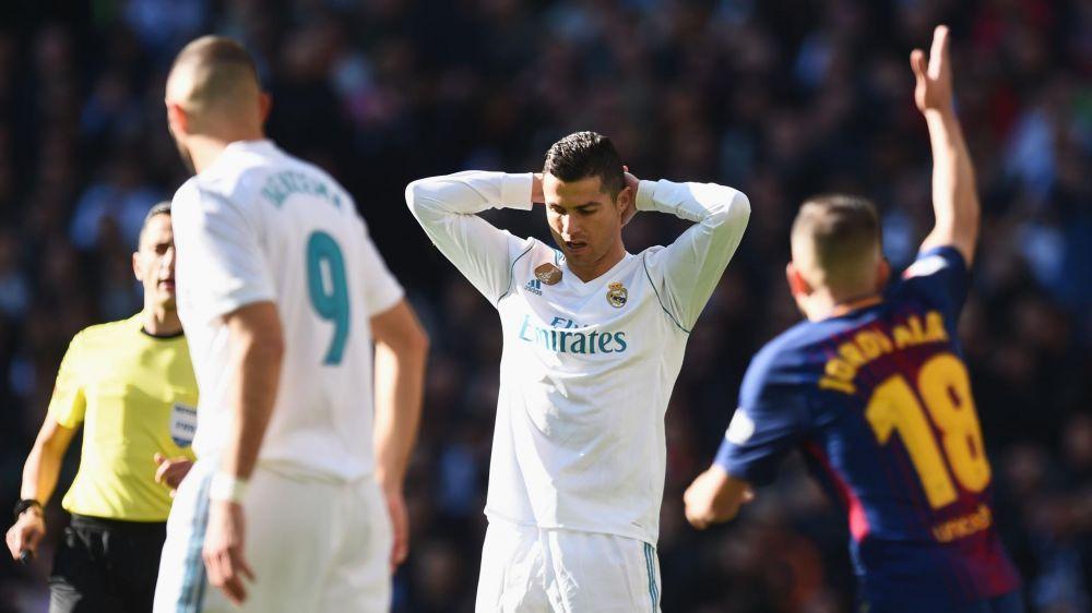 Kitsch 2.0.: ce cadou de Crăciun a primit Ronaldo. Fotbalistul e foarte încântat