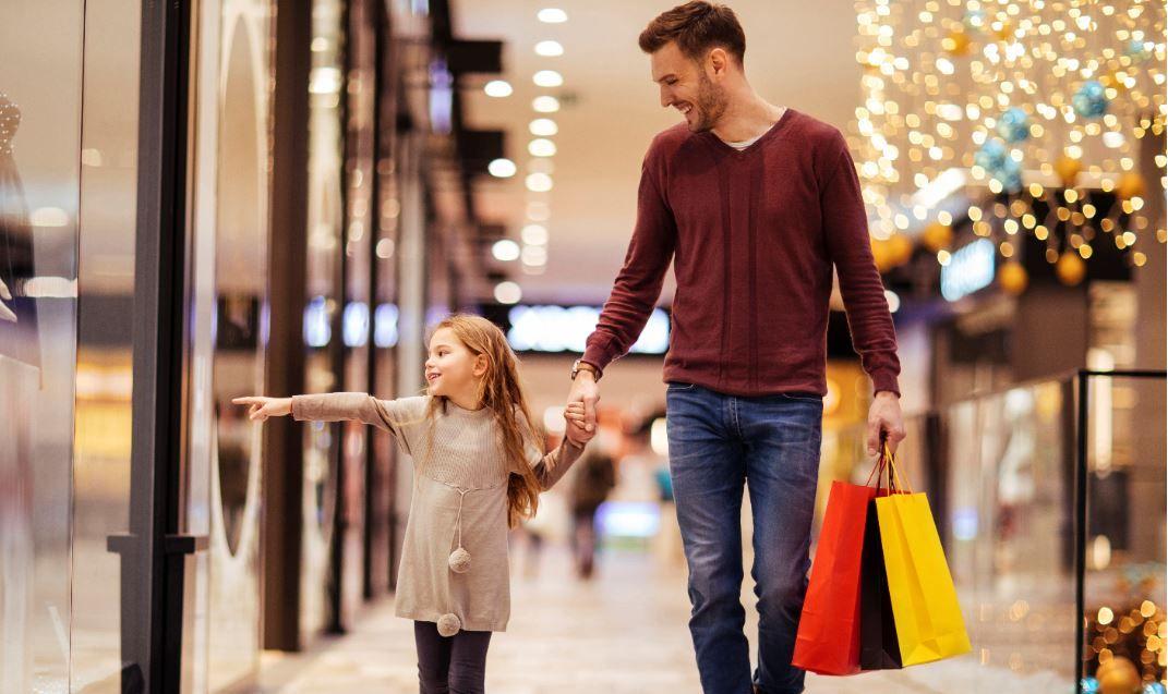 Programul mall-urilor de Crăciun. Ce magazine vor fi deschise în perioada 24, 25 și 26 decembrie