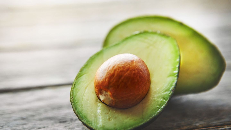 VIDEO Avocado, ingredientul minune pentru păr