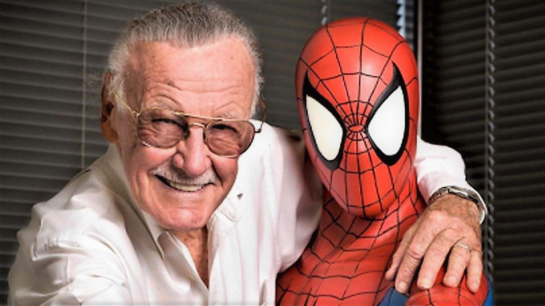 Stan Lee, creatorul eroilor Marvel, va fi omagiat la Hollywood într-un loc special pentru el
