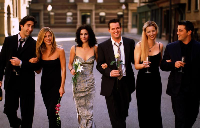 Suma exorbitantă pe care actorii din  Friends  o primesc anual pentru redifuzarea serialului