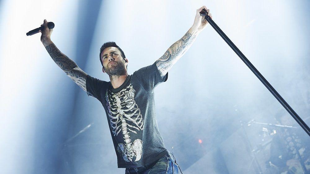 Băieții de la Maroon 5 vor cânta în finala Super Bowl. Cine mai urcă pe scenă alături de ei