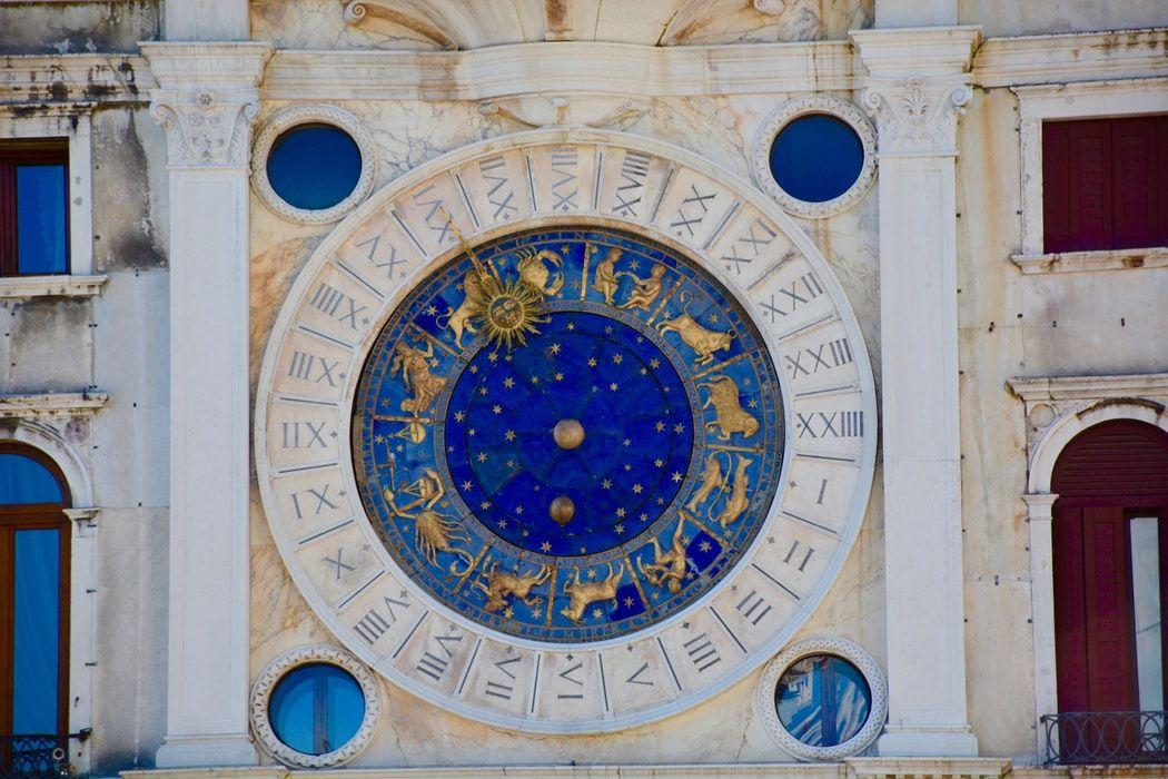 """Marţi, la """"Vorbeşte lumea"""", astrologul Cristina Demetrescu vorbeşte despre ce înseamnă """"ghinion"""" din perspectivă astrală"""