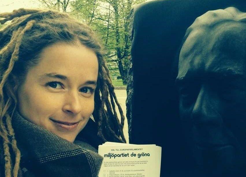 O politiciană nonconformistă, noul Ministru al Culturii din Suedia. Cine este Amanda Lind