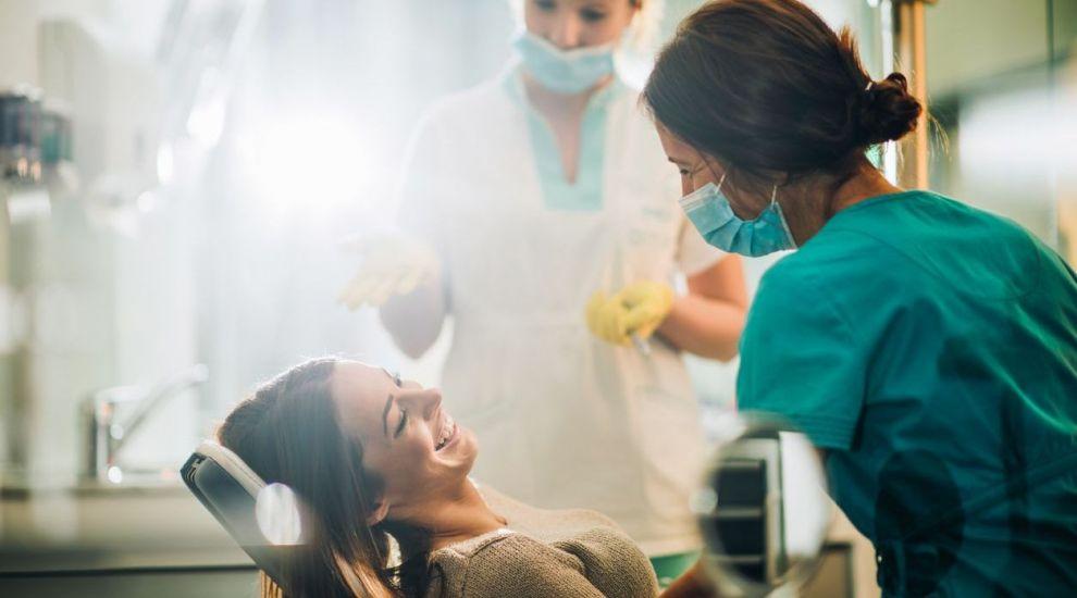VIDEO Infecțiile dentare, cauze și soluții. Dezbatem acest subiect cu medicul stomatolog Floriana Tudorache