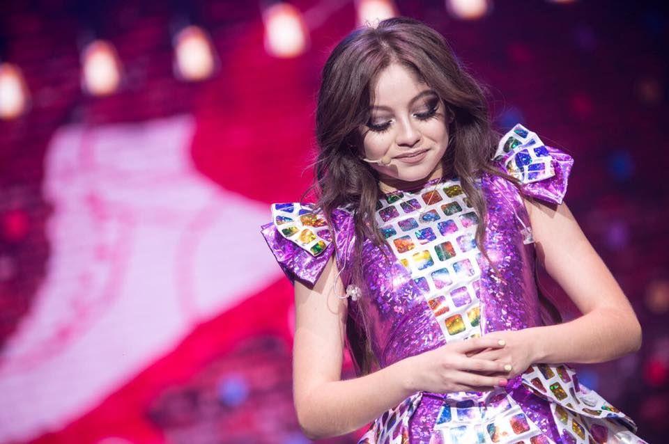 Karol Sevilla, idolul adolescenților din toată lumea, va concerta în premieră în România