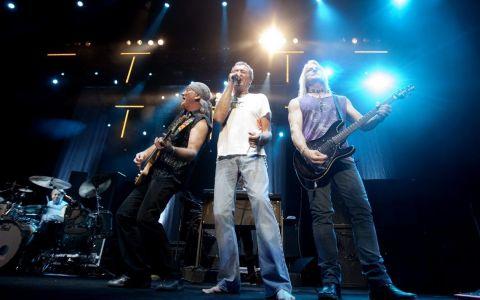 Deep Purple lansează un album nou