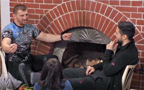 VIDEO Cătălin Moroșanu e mare cântăreț. Luptătorul K1 face senzație cu vocea lui