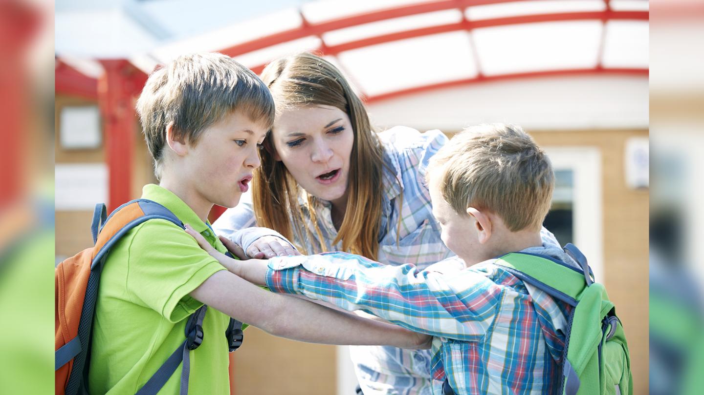 Luni, la  Vorbeşte lumea , discutăm despre cum gestionăm agresivitatea celor mici