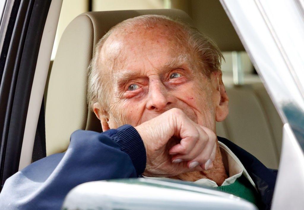 Soțul reginei Marii Britanii și-a predat permisul la Poliție. Prințul Philip provocase un accident în ianuarie