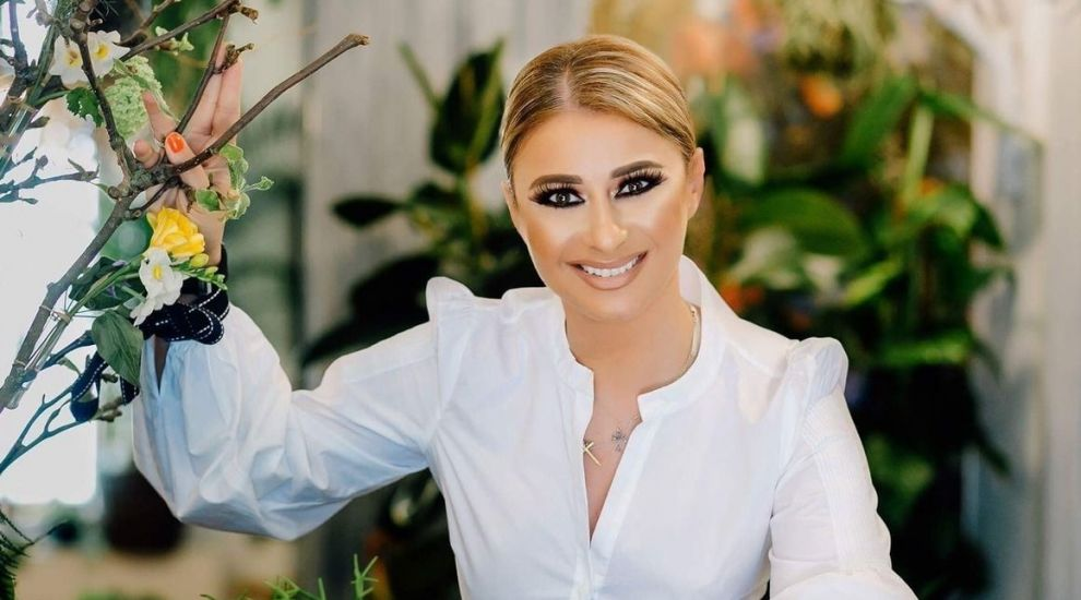 """Anamaria Prodan: """"Mi-am cumpărat telefon aurit de 10.000 de euro"""". Impresara a spus că are și geantă de 80.000 de euro"""