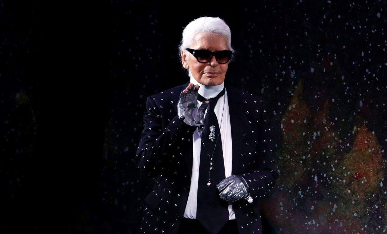 Designerul Karl Lagerfeld a murit la 85 de ani