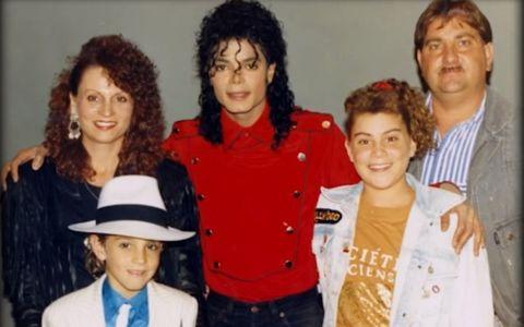 Familia lui Michael Jackson a dat în judecată un post TV și a cerut daune de 100 de milioane $