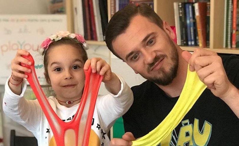 """VIDEO """"Taticool"""" și Sophia, cadou pentru mămici"""