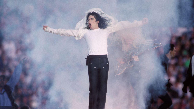 Muzica lui Michael Jackson a fost interzisă la radio în Marea Britanie. Care e explicația