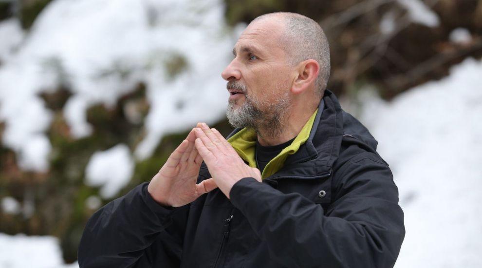 Lecții de supraviețuire la Ferma! Telespectatorii vor afla o mulțime de sfaturi de la Cristi Bozgan