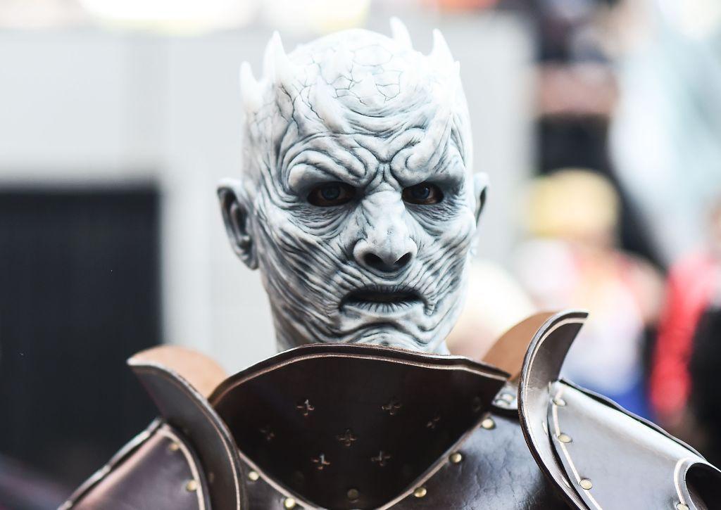 Night King, personajul care îţi dă fiori în  Game of Thrones , vine în România