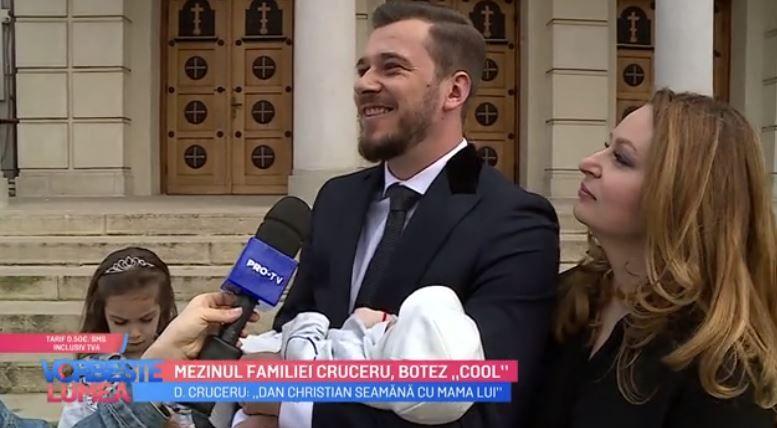 """VIDEO Mezinul familiei Cruceru, botez """"cool"""""""