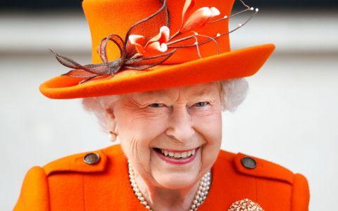 Semnalele secrete  ale Reginei pentru angajații său, descifrate