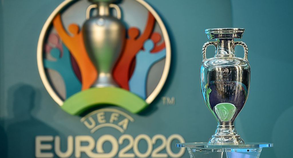 Trofeul UEFA Euro 2020 confecționat de bijutierul Ducesei Kate Middleton