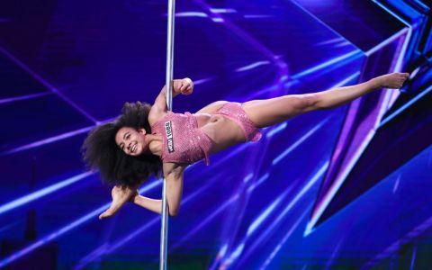 Emili Moskalenko, gimnasta de 12 ani de la Românii au talent, sezonul 9:  Sunt unică