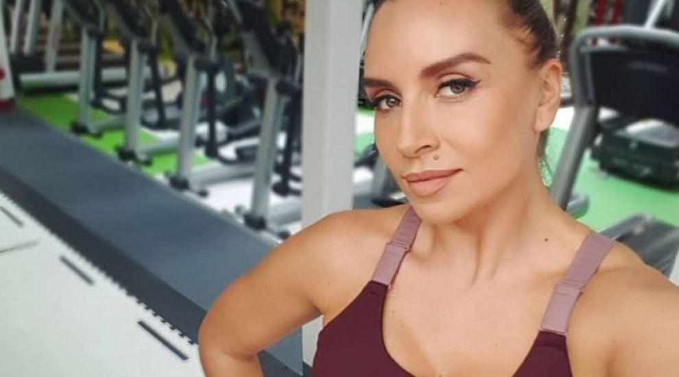 VIDEO Adina Halas pune lumea în mișcare