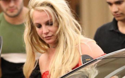 Cum arată Britney Spears după trei săptămâni petrecute la psihiatrie (FOTO)