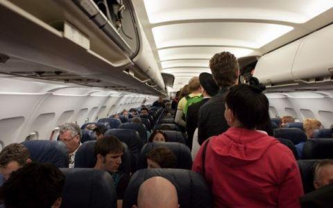 YODA.RO: Ce se întâmplă dacă nu-ți setezi telefonul în Modul Avion?