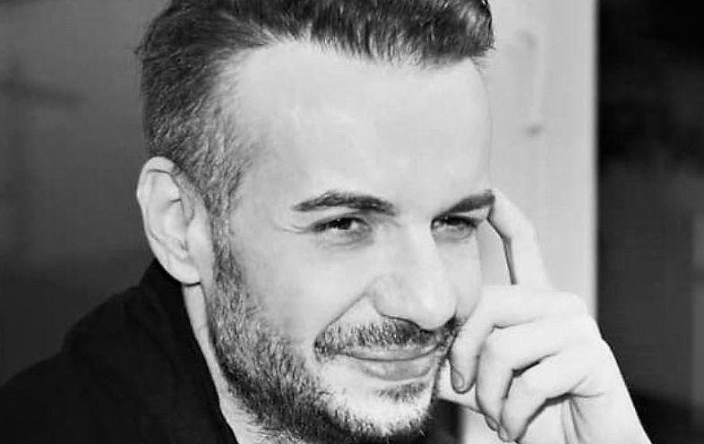 Răzvan Ciobanu, aplaudat după slujba de înmormântare. bdquo;Să ne facă haine în împărăția lui Dumnezeu