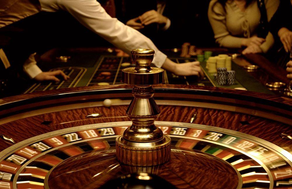 (P) Serialul Vlad și interesul românilor pentru jocurile de tip cazino