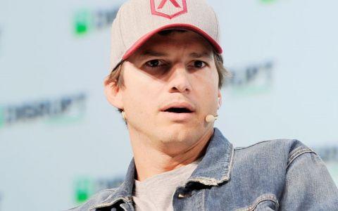 Ashton Kutcher, față în față cu bărbatul acuzat că i-a ucis iubita acum 18 ani