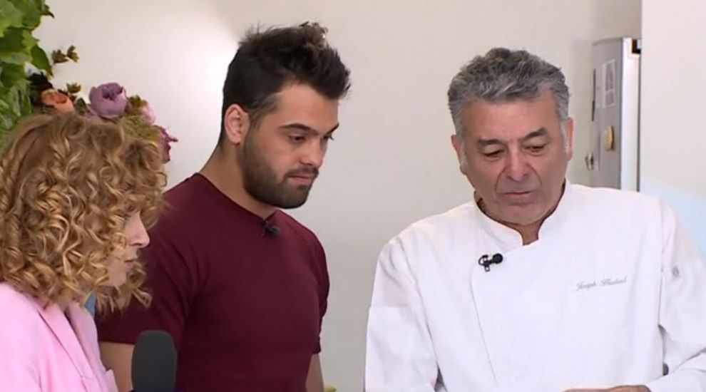 VIDEO Chef Hadad gătește cu ce găsește la burlacul Tibor