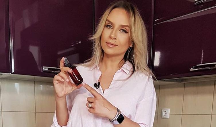 VIDEO Adina Halas prezintă crema perfectă pentru tenul gras