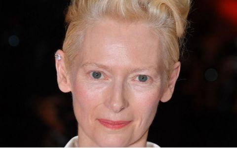 Tilda Swinton este renumită pentru look-ul său ireal. Cum arată fiica ei de 21 de ani