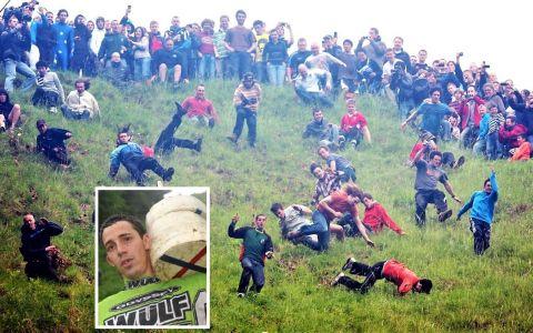 Cooper rsquo;s Hill Cheese Rolling, cel mai absurd festival din lume, care se lasă cu zeci de răniți anual