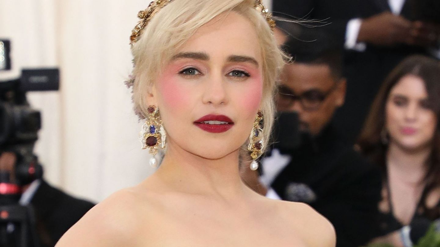 De ce a refuzat Emilia Clarke rolul din  Fifty Shades of Grey