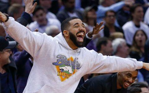 Drake și-a luat avion privat, un Boeing 767, cu 200 milioane de dolari. Cum arată aeronava Air Drake