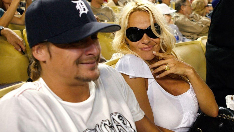 bdquo;Borat a pus capăt mariajului dintre Pamela Anderson și Kid Rock . Cine spune asta