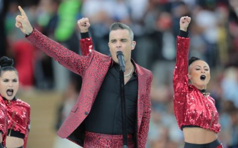 Robbie Williams vine în România. Artistul britanic va concerta la UNTOLD 2019