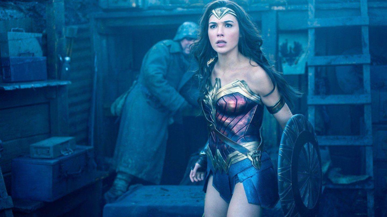 Wonder Woman 2. Cum arată noul costum de supereroină al lui Gal Gadot