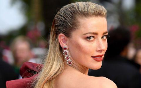 Amber Heard, fosta soție a lui Johnny Depp, este iubita unui model cu 8 ani mai tânăr decât ea