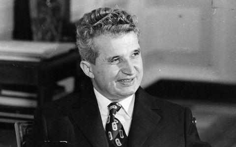 Nicolae Ceaușescu avea un garaj auto impresionant. Cu ce mașini se plimba fostul dictator