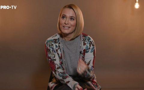 LA PERETE  cu Andreea Esca, într-un interviu cum nu ai mai auzit-o de mult
