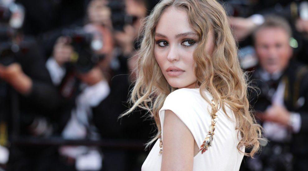 Fiica lui Johnny Depp, o adevărată divă la 20 de ani. A renunțat la școală pentru o carieră la Hollywood