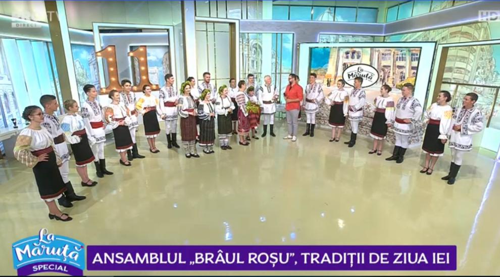 """VIDEO Ansamblul """"Brâul Roșu"""", tradiții de ziua iei"""
