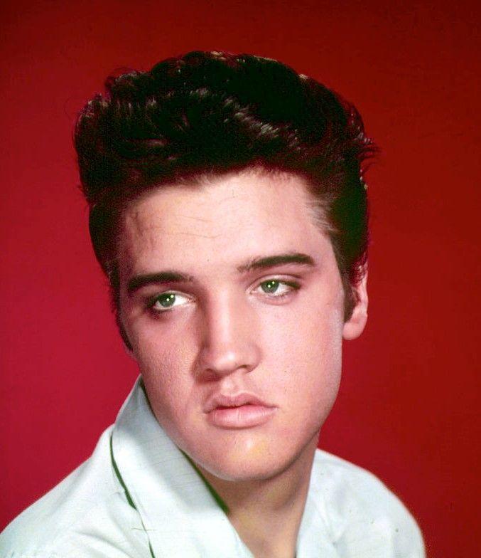 Asemănarea izbitoare dintre Elvis Presley și nepotul său. Cum arată Benjamin Keough la 26 de ani
