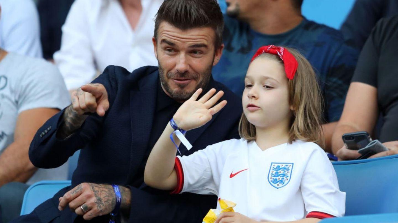 FOTO David Beckham, aspru criticat după ce și-a sărutat fiica de 7 ani pe gură
