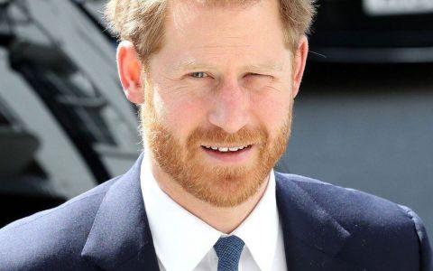 Cine este vedeta pe care Prințul Harry a părăsit-o pentru a fi cu Meghan Markle