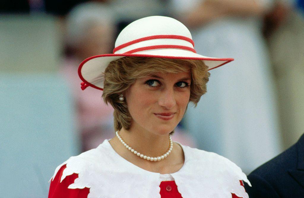 10 lucruri mai puțin știute despre Prințesa Diana. Cu cine a avut o aventură în timpul mariajului